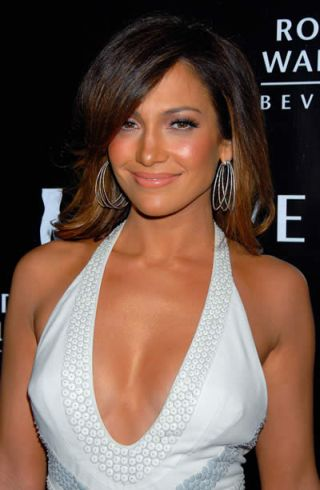 jennifer lopez hair colour on american idol. hairstyles New American Idol